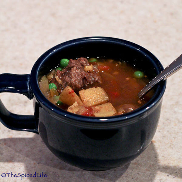 Crock Pot Mulligatawny with Peas, Mushrooms and Beef