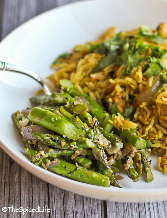 Fabulously easy and delicious Indian #GlutenFree stir fried Asparagus with Ginger