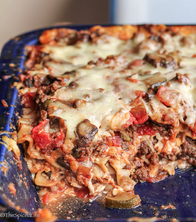 Healthy Lasagna: less noodles with low fat ground meat and lighter cheese, stuffed with veggies!