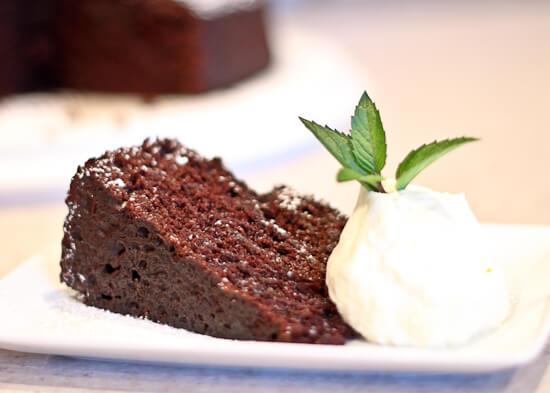 Low Sugar Vegan Cake Recipes: Vegan Low Fat Chocolate Cake