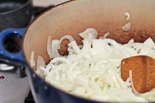 Caramelizing onions for Persian dish