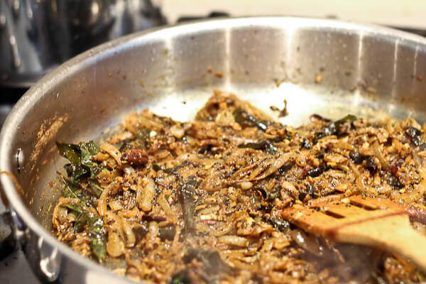 Caramelized onions for Indian curry