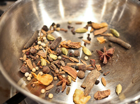Toasting whole spice ras el hanout
