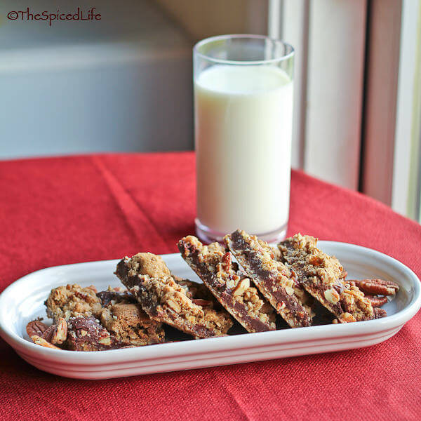 Pecan Oat Chocolate Bars