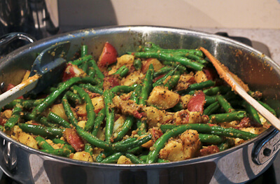 Potato and Green Bean Dry Curry with Mustard Seeds