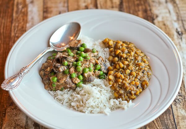 Indian Mushrooms and Peas in the Slow Cooker in a Cashew Sauce