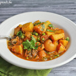 Potato Curry with Peas and Mushrooms: Perfect for Whole Baby Potatoes!
