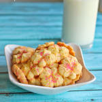 Piped Vanilla Spritz Cookies: OXO Cookie Press & #CookiesForKidsCancer