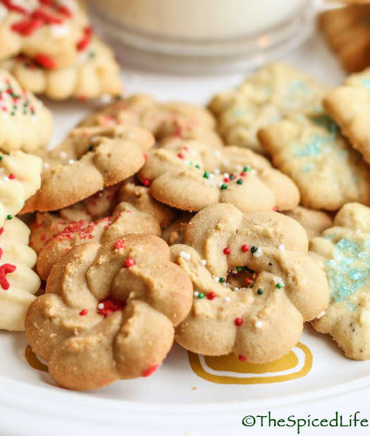 Cookie Press Salt and Pepper Maple Wreath Cookies--easy and fast!