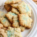 Cookie Press Fiori di Sicilia Orange Snowflake Cookies--simple and fast with a cookie press!