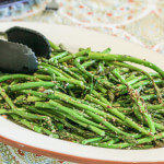 Asparagi al Sesamo e Limone: Asparagus with Sesame and Lemon in southern Italian style. Easy and delicious!