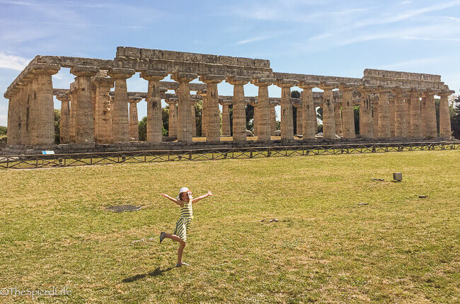 Sammy in front of Hera temple in Paestum