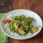 Karnataka Coconut Spring Vegetable Curry (Saagu): Review of Vibrant India