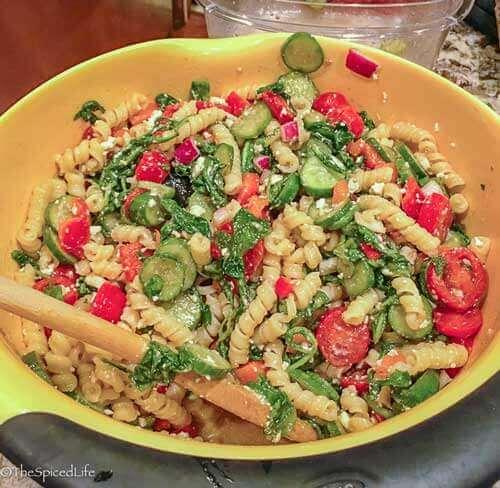 Middle Eastern Pasta Salata