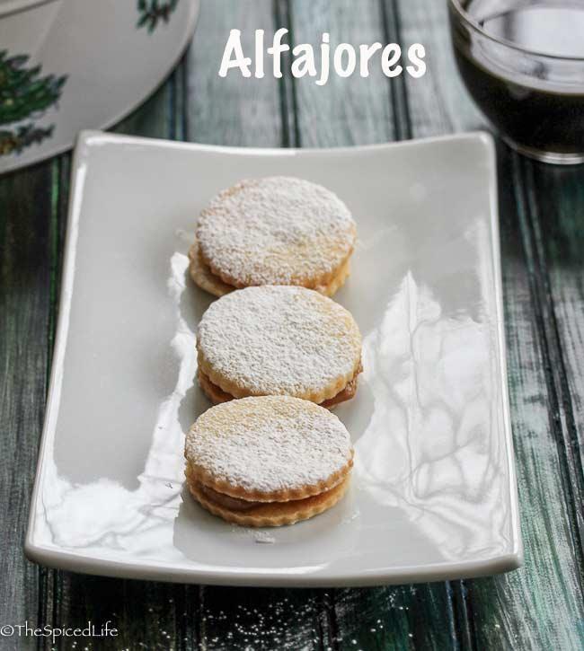 Alfajores (South American sandwich cookies with dulce de leche)