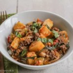 Thai Red Curry with Ground Beef, Tomatoes and Pineapple